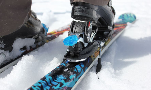 Metal-Edge Skis