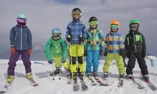 The Cross-Country Toddler: When and How to Start Skiing With Kids?