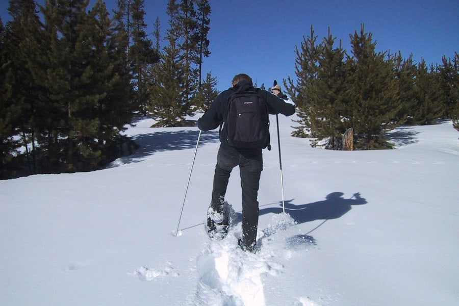 snowshoeing health benefits