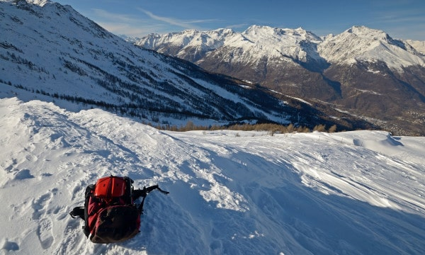 What-to-Bring-Snowshoeing