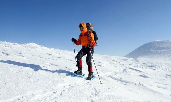 What-to-Wear-Snowshoeing-clothing